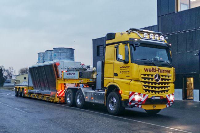 Transport Rückkühler mit Mercedes-Benz 3358 6x4